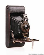 Kodak Eastman: Folding Autographic Brownie No.2A camera