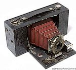 Kodak Eastman: Folding Brownie Pocket No.2 Model B camera
