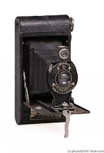 Kodak Eastman: Folding Cartridge Hawk-Eye No.2 Model B camera
