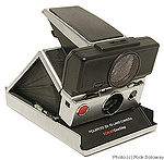 Polaroid: SX-70 Sonar One Step camera