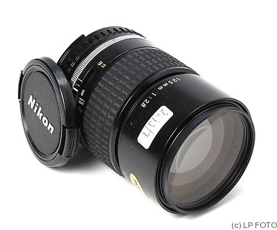 Nikon: 135mm (13.5cm) f2.8 Series E (AIS) camera