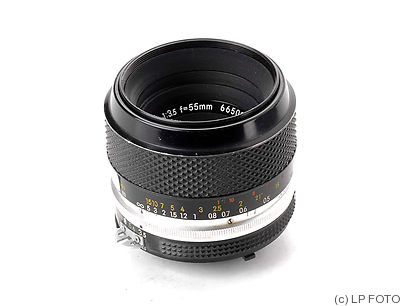 Nikon: 55mm (5.5cm) f3.5 Micro-Nikkor (AI, black/chrome) camera